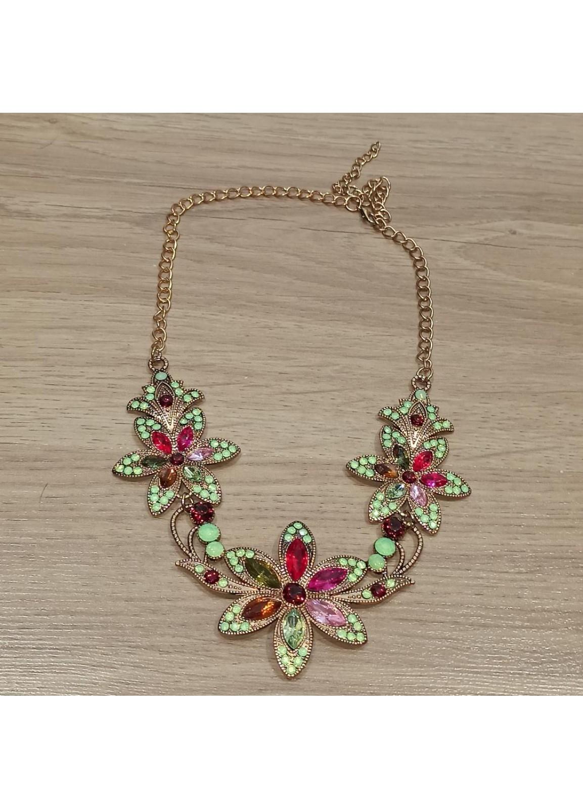 Vintage lady Necklace