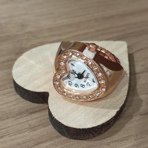 Ring / Heart Clock