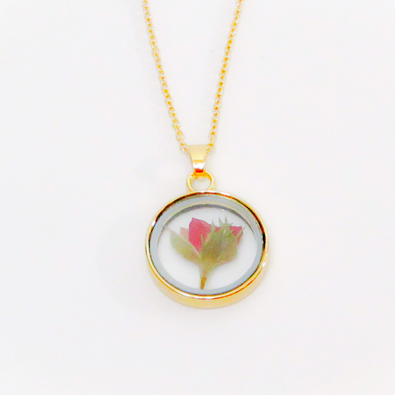 Glass and Flower Necklace Rose