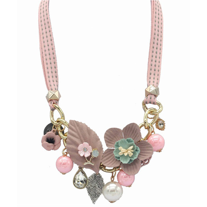 Summer Flower Necklace